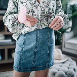 Free People Denim Skirt Size 4